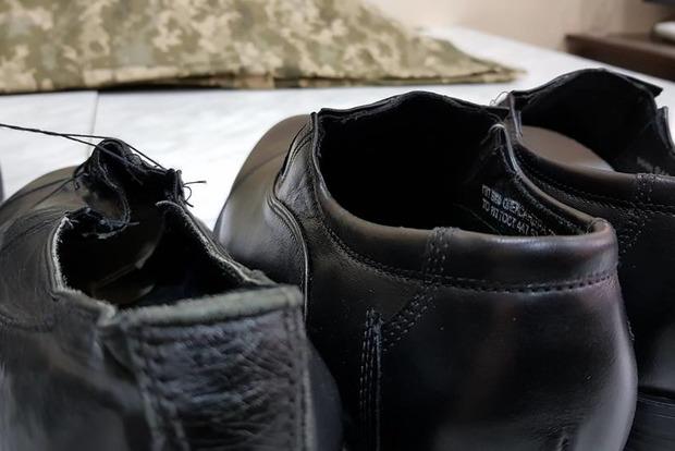 Опубликованы фото новой обуви для офицеров ВСУ