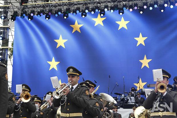 Порошенко: 40% внешней торговли Украины приходится на Евросоюз
