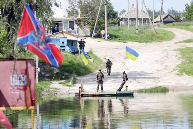 Как в концлагере: луганчане о новых запретах боевиков