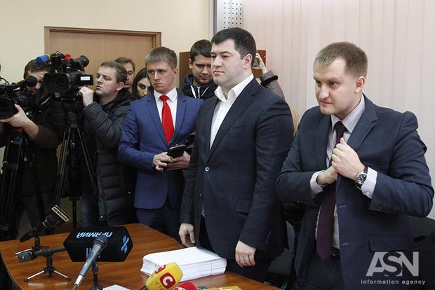 Насиров будет и дальше носить электронный браслет - решение суда