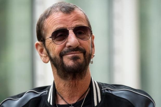Барабанщика Тhе Веаtlеs Ринго Старра посвятят врыцари
