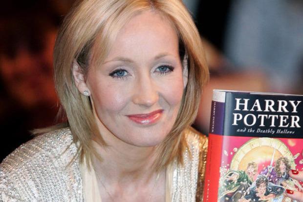 Джоан Роулинг призвала поклонников не покупать украденную рукопись приквела к «Гарри Поттеру»