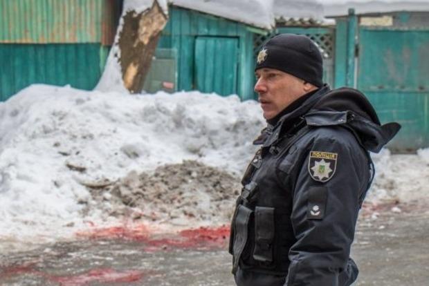Неизвестный зарезал мужчину в правительственном квартале Киева