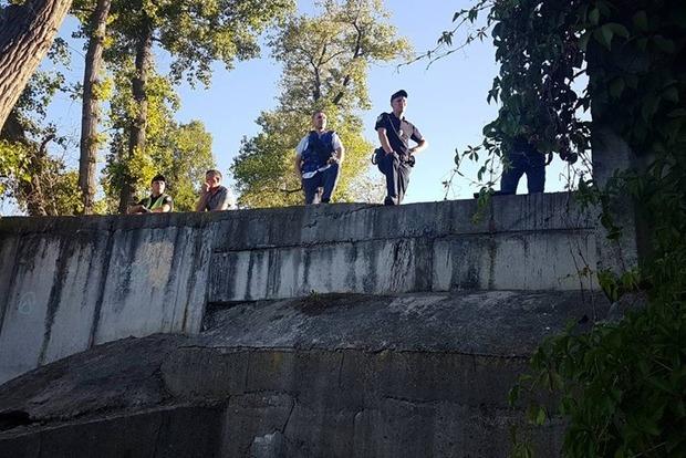 В киевском коллекторе потерялась группа подростков