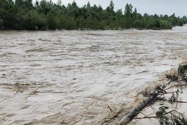 ГСЧС сообщила текущее состояние в эпицентре непогоды в Черновицкой и Ивано-Франковской областях