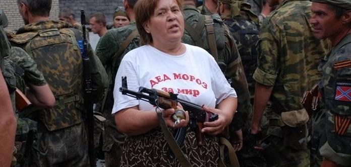 Жительницу Докучаевска в «ДНР» посадили на 10 лет в тюрьму, как «шпионку» Украины