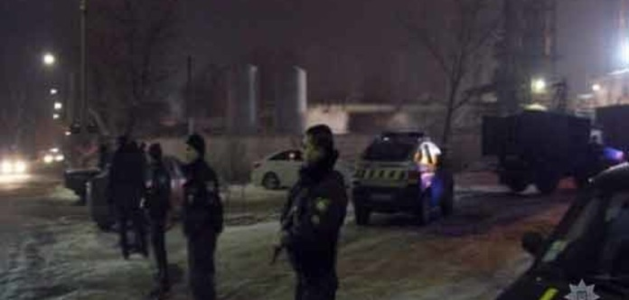 Полиция освободила заложников на предприятии в Каменском