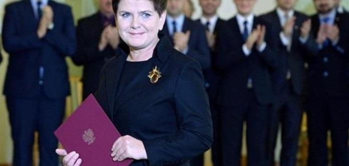 Польський прем'єр-міністр подала у відставку