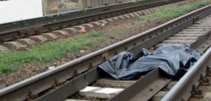 Разрезало пополам: в Киеве машинист поезда переехал собственного сына