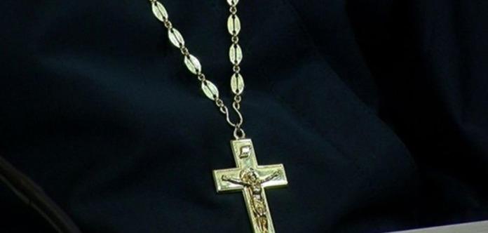 Полиция в России вызвала священников, чтобы побороть духов