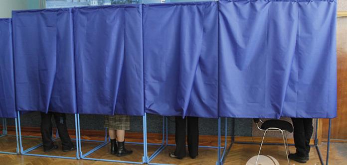 Проведение демократических и безопасных выборов в Донецкой и Луганской областях почти невозможно