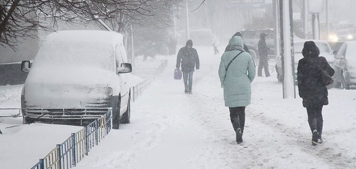 На Україну насувається італійський циклон зі снігом і дощем