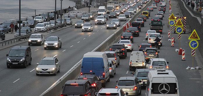 В Киеве могут разрешить ездить со скоростью 80 км/ч. Список улиц