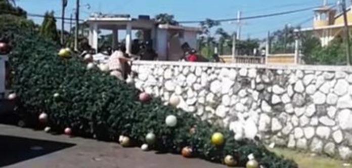 Рождественская елка убила пять человек в Гватемале