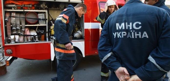 Рятувальникам ДСНС підвищать зарплату на 1000 гривень - Порошенко