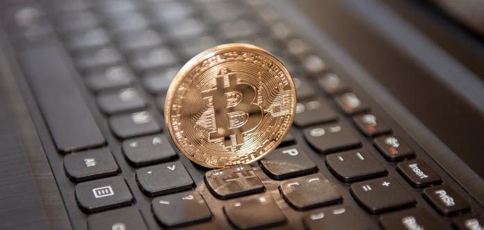 Bloomberg: биткоин обвалится до $900 за монету