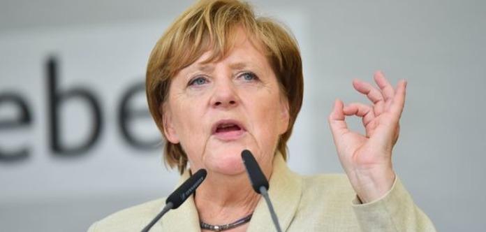 Миротворцы на Донбассе: появилась реакция Меркель на инициативу Путина