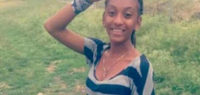 В Доминикане девушку убила зарядка к смартфону