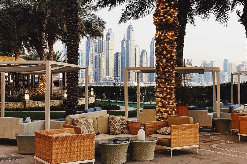 Петросян подарил любовнице на 30-летие брошь за 100 тыс. и роскошный отдых в Дубае