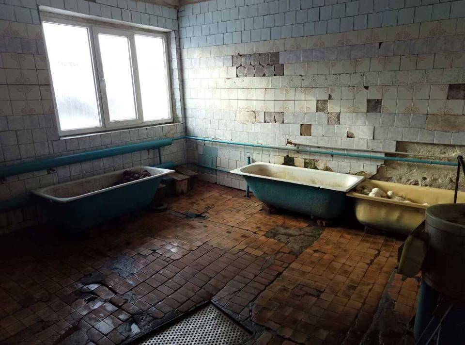 Основного медработника психбольницы вСумской области обвинили впытках