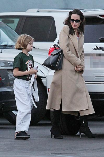 актриса, Анджеліна Джолі, дочка, карате, заняття, Голлівуд, сша, лос-анджелес, бред пітт
