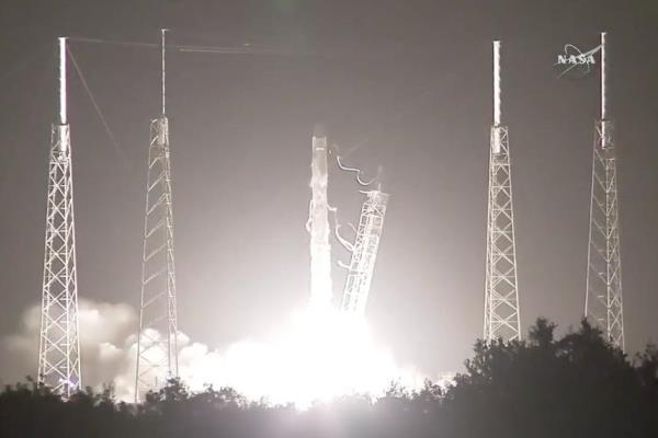 старт ракетоносителя SpaceX Falcon 9