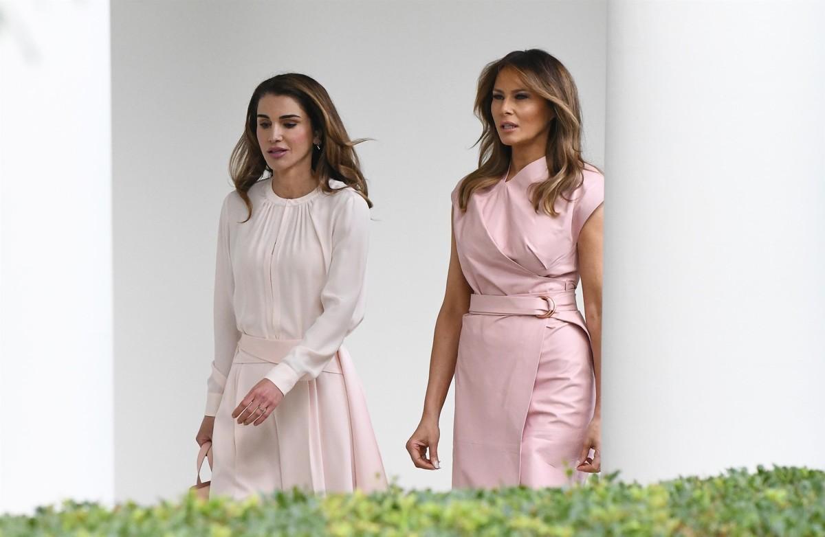 Дві богині у рожевому  Меланія Трамп і королева Ранія вразили стилем ... 47ba4b9624ae3