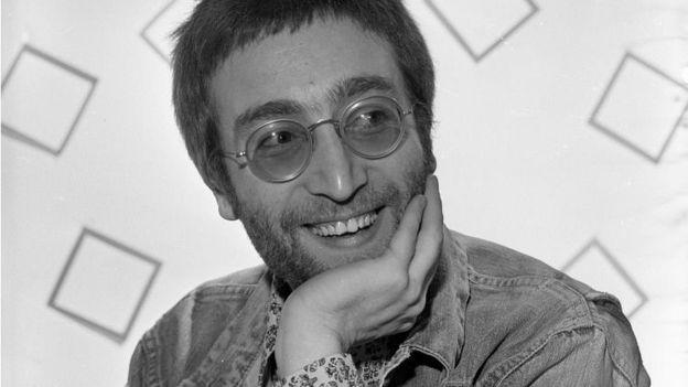 ВБритании найдены редкие негативы сизображением Джона Леннона